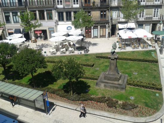 Porto Downtown Hostel: View
