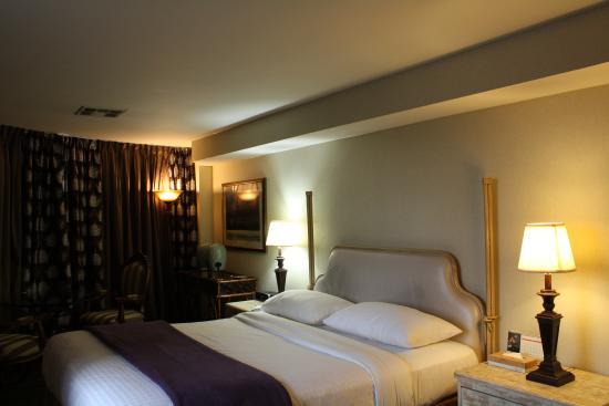 Garden Suites Hotel Resort Deluxe 1 King Bed