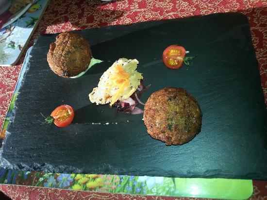 O' Neills Bistro : Wild mushroom risotto bon bon's