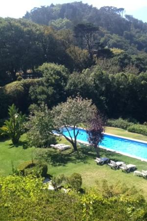 Hotel Sintra Jardim: View from outdoor seating