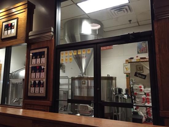 Montana Brewing Company: Brew Pub