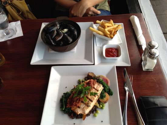 PIER 73 Restaurant: Nos plats