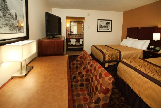 Hotel Moab Downtown: Relax in one of our luxurious, newly remodeled rooms.