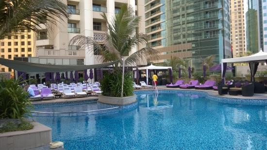 D Exhibition Jbr : The pool picture of movenpick hotel jumeirah beach
