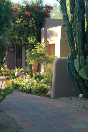 Hermosa Inn: Casita view