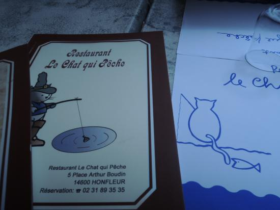 Le Chat qui peche : on the table