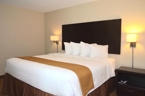 Lake View, IA: King Room
