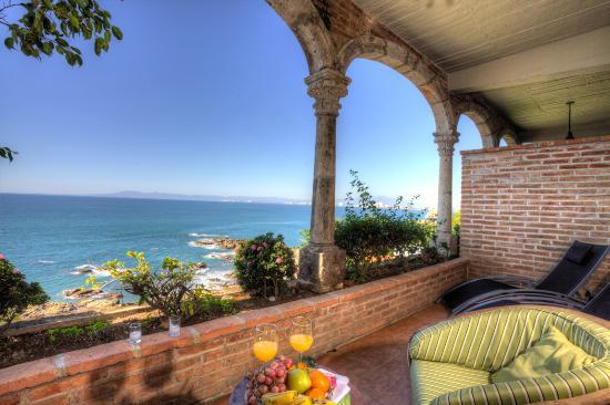 Casa Tres Vidas: Vida Alta Terrace of Room #121