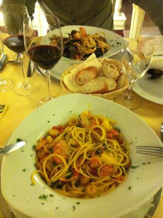 Michelangelo: Spaghettis frutti di mare et spaghettis gamberoni