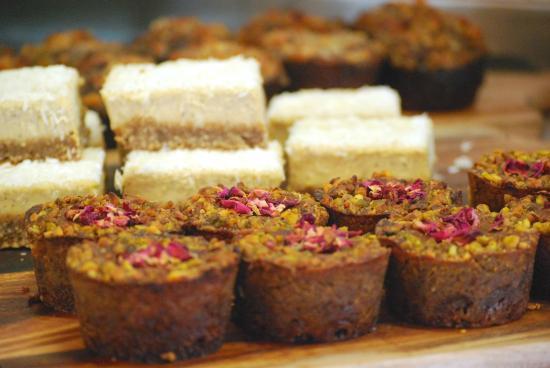 Franks 'n Beans: Paleo cakes