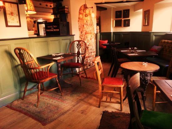The Thimble Inn: nook