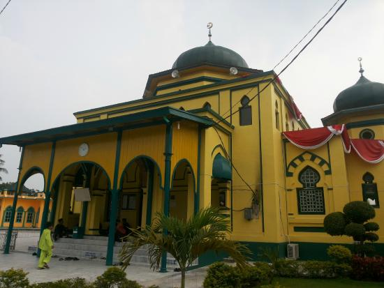 Siak Sri Indrapura, Indonezja: Beautiful heritage mosque