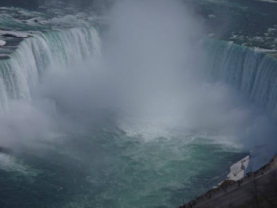 Niagara Falls Marriott Fallsview Hotel & Spa: Taken from our room - Canadian Falls