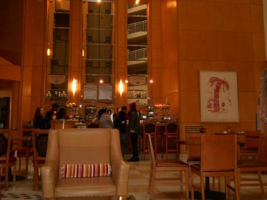 DoubleTree Suites by Hilton Santa Monica : ホテル内