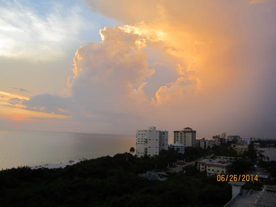 The Ritz-Carlton, Naples: The beautiful view from my balcony