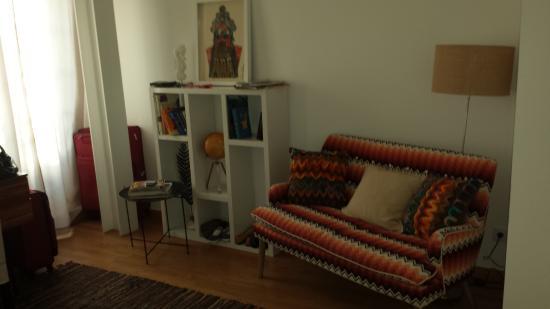 B&B Zuzabed: combo living-bedroom area