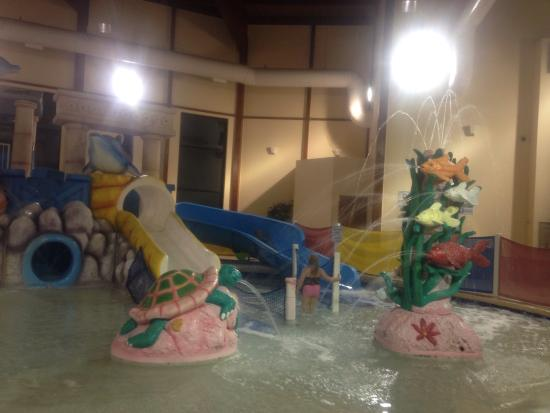 Grand Marquis Waterpark Hotel & Suites: Great for young kids!