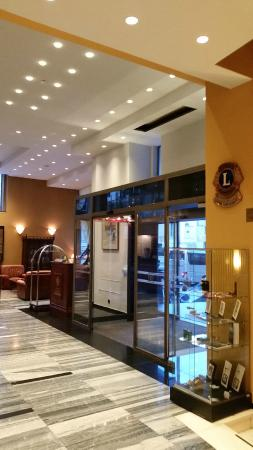 Grand Hotel Bonavia: Hall entrada