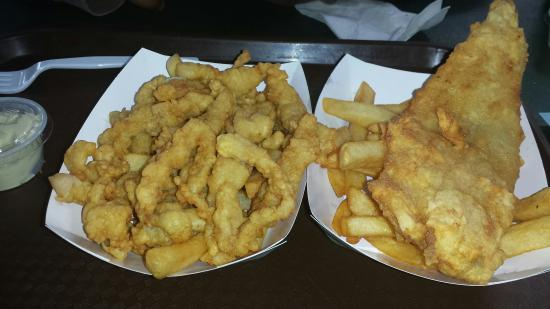 Pete's Seafood Restaurant : Clam Strips and Scrod