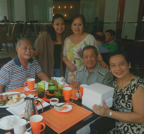 Circles Event Cafe: kudos to chef venzon!! I can say food was prapared with so much passion...