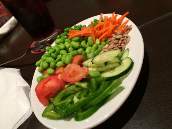 Ruby Tuesday: Salad from the salad bar