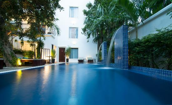 La Rose Boutique Hotel & Spa: Salt Water Swimming Pool