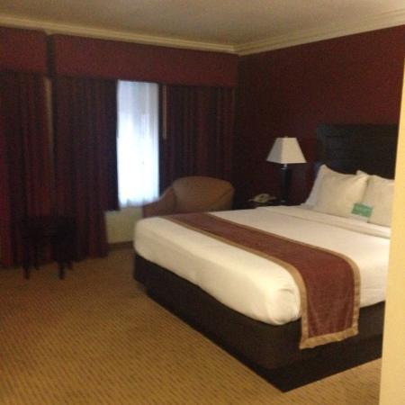 La Quinta Inn & Suites Temecula : Standard king room