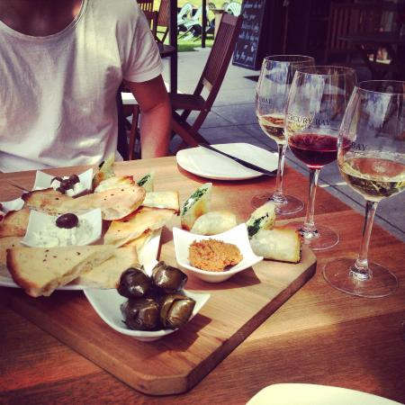 Mercury Bay Estate : Platter for Two and Wine Tasting