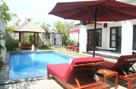 Grand La Villais Villa and Spa Seminyak: Swimming Pool