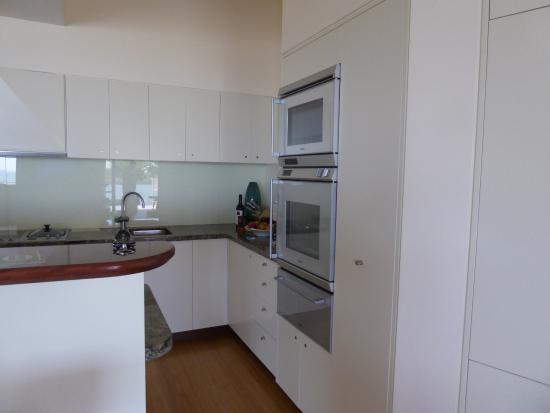 Beach Suites: Kitchen