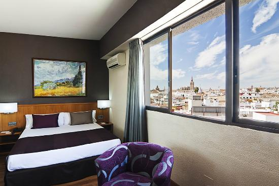 Photo of Catalonia Giralda Hotel Seville