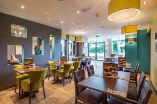 Thyme restaurant picture of premier inn harrogate town - Cuisine premier st andiol ...