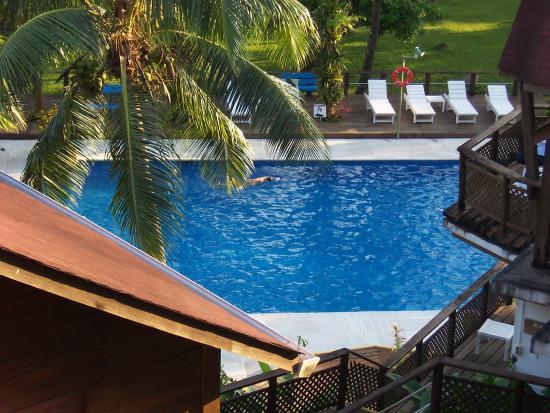 Hotel Villa Caribe : Balcony view of the pool