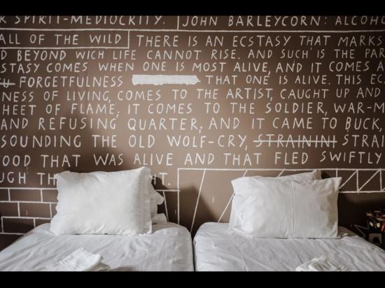 The Poets Inn : Double room