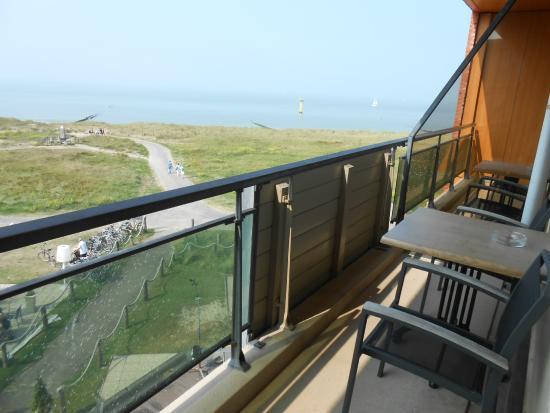 Badhotel De Wielingen: uitzicht vanop terras