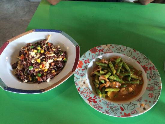 Homestyle Hua Hin : Chicken fried rice and pork penang curry.