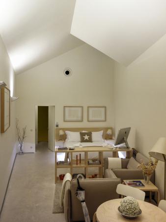 """THE 4ROOMS : """"Sky Loft"""", la habitación seprada del edificio principal. Espaciosa, íntima y muy cómoda."""