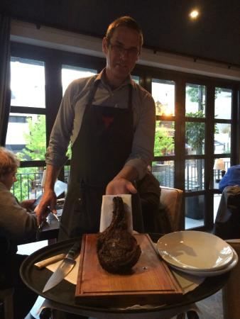 Jervois Steak House Queenstown : 1kg of rib eye for two