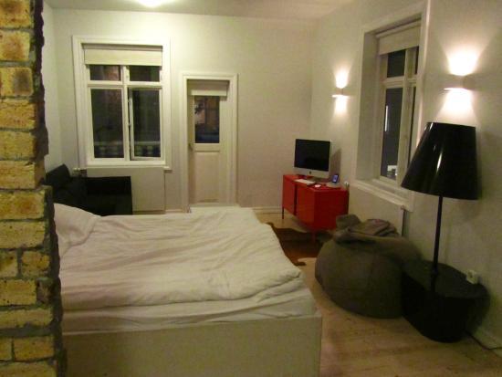 Apartment K: Room
