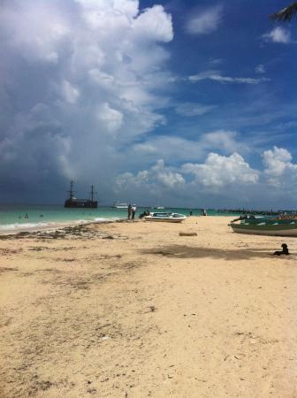 ApartHotel Green Coast: Ближайший пляж