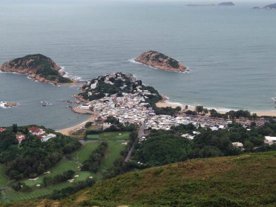 Walk Hong Kong: Dragon's Back - view on Shek O fishing village
