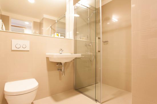 Hotel S-Port Veska : koupelna