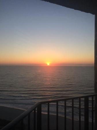 The Palace Resort: Sunrise from balcony