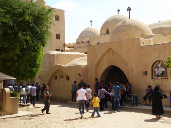 Deir Amba Bischoi : Chiesa della Santa Vergine