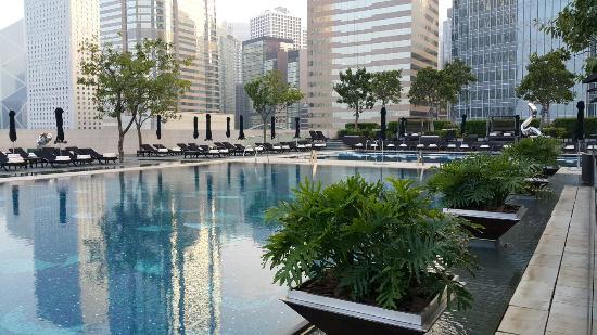 Pool Terrace (Four Seasons Hong Kong)