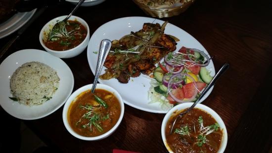 Marston Green, UK: tandori with different curry sauce