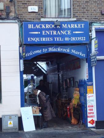Blackrock, Ireland: Market Entrance