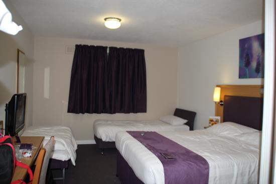 Family Room Premier Inn Gatwick