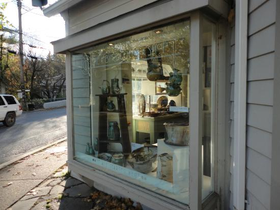 Pottery for sale - Picture of Woodstock Byrdcliffe Guild