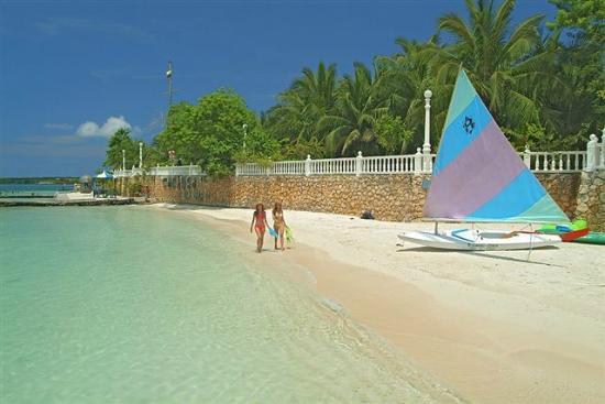 cocoliso-isla-resort.jpg